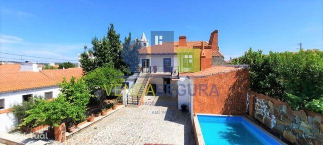 Casa rústica T7 |V.N. da Baronia