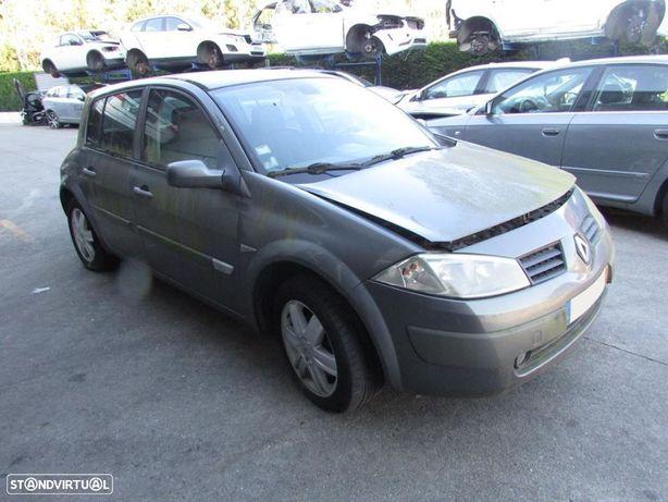 Renault Megane 2 1.5dCi 2003 - Peças Usadas