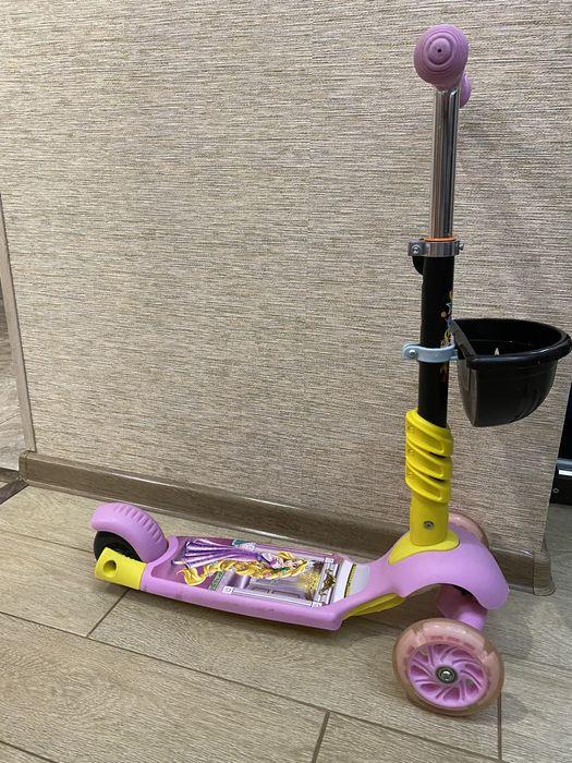 Самокат Scooter 5в1 с сидением и родительской ручкой в идеале Инженерный - изображение 1