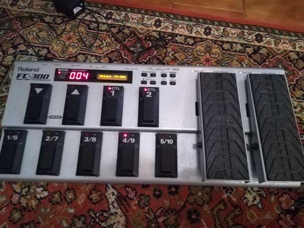Roland FC300 - Pedaleira Midi + Transformador