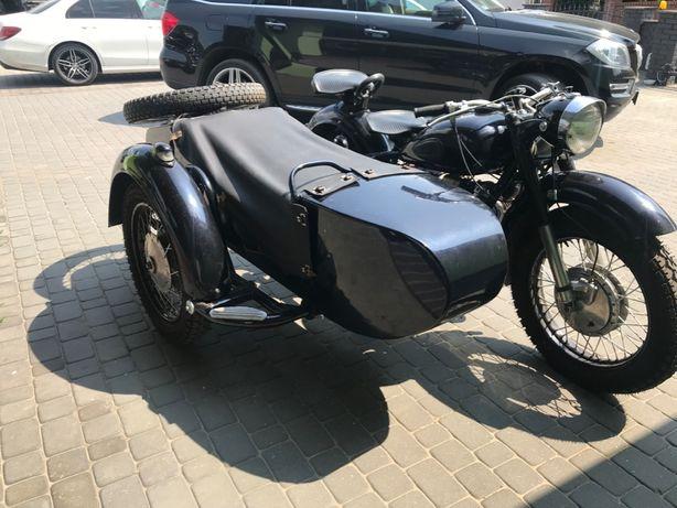 Motocykl KMZ DNEPR 750