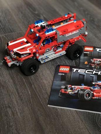 Конструктор Lego Technik 42075 спасательная машина/гоночная машина