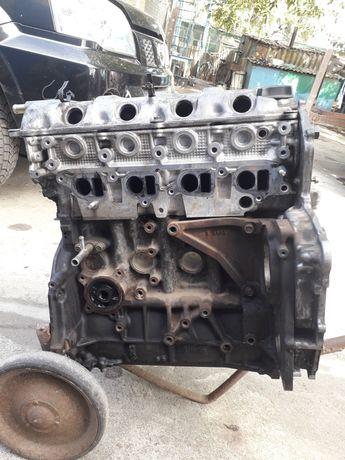 Продам двигатель на запчасти б/у. Nissan 2.2 dci YD22DDTi