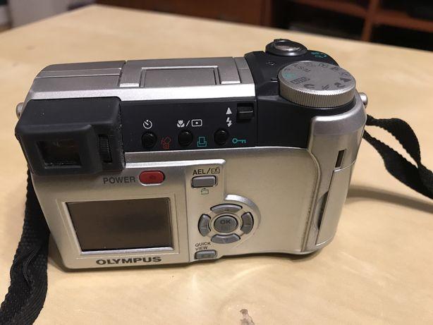 Cyfrowy aparat Olympus C-740 Ultra Zoom
