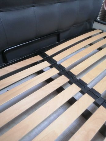 Кровать двуспальная кожзам
