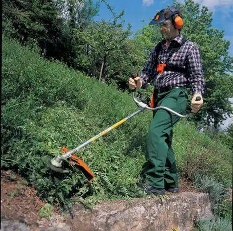 Покос травы 50грн сотка ,опрыскивание гербицидом 170 грн.