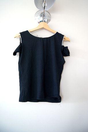 czarna bluzka wzorzysta otwarte ramiona czarny t-shirt prosta 44 42XXL