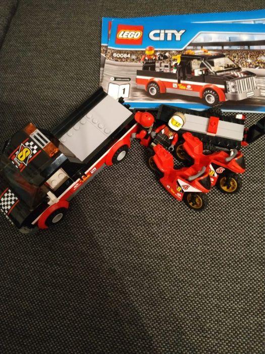 LEGO Zestaw 60084 - Transport motorów Luboń - image 1