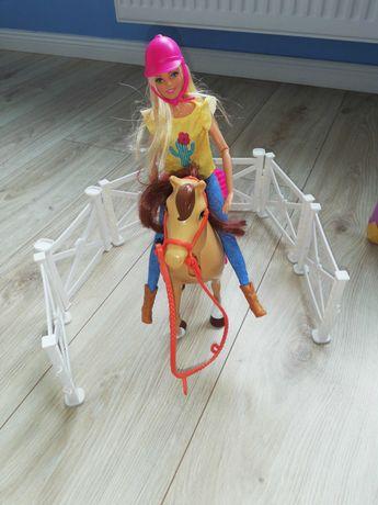 Lalka barbie z koniem