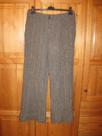 Eleganckie spodnie wełniane Solar w rozm. 40-42 + Gratis.