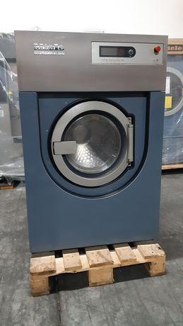 Máquina de lavar roupa de Self-Service Miele PW5136 de 16kg.