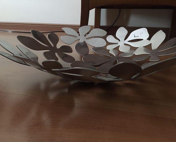 Taça decorativa prateada