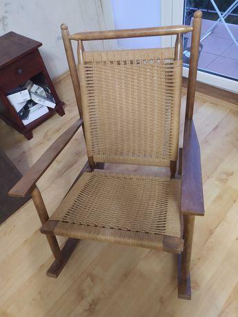 Fotel bujany, krzesło bujane.