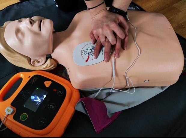 Szkolenie pierwszej pomocy / Kursy pierwszej pomocy