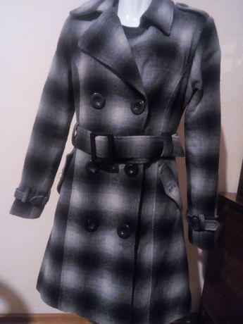 Płaszczyk dłuższa kurtka taliowany ocieplany Catarina  M