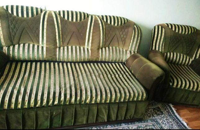 Продам диван и 2 кресла. Торг