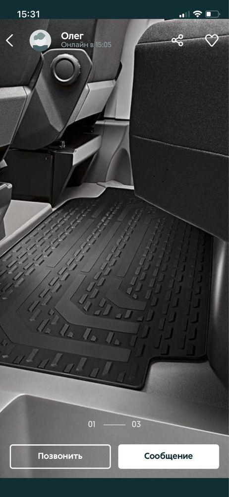 Коврик резиновый оригинальный для 2ряда сидений VW Crafter 2017-2021
