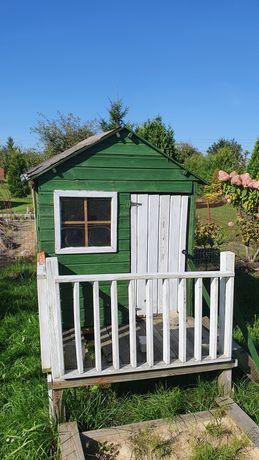 Domek drewniany dla dzieci na ogródek lub działkę.