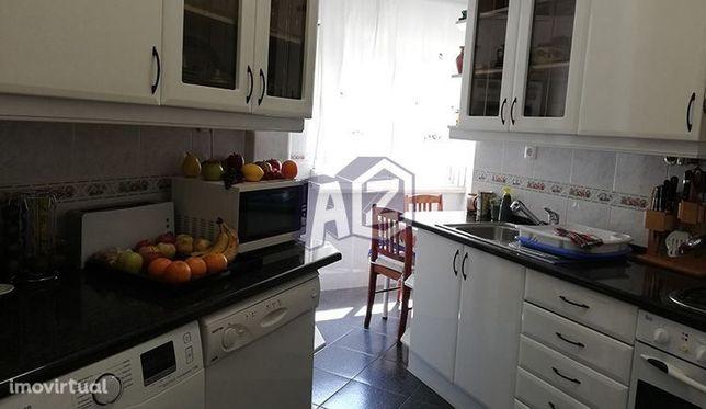 Apartamento  3 assoalhadas, venda Linda-a-Velha - Oeiras prédio com...