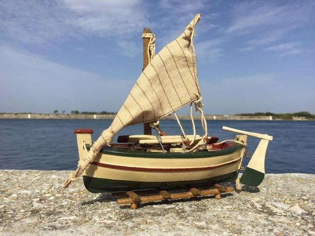Réplica de barco de pesca