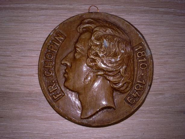 Stary medalion z profilem F. Chopina odlew gipsowy