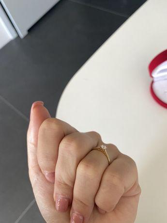 Pierscionek zareczynowy APART diament brylant rozmiar 11