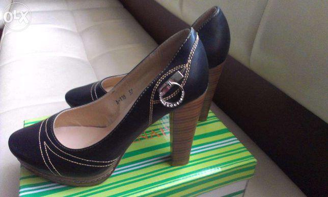 Туфли женские GIRNAIVE