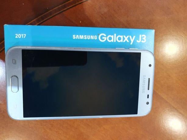 Samsumg  Galaxy j3  sm-j330f/ds в идеале 2017 г.