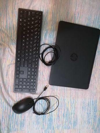 Portátil HP com Teclado + Rato HP 400 (Com Fio - Teclado Numérico)