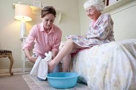 Уход за пожилыми и больными людьми
