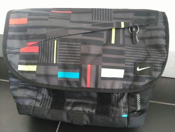 Saco para computador da Nike
