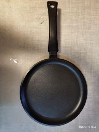 Блинная сковорода сковородка Биол BIОL 24 см