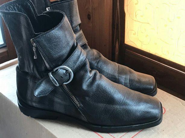 Продам женские ботинки Arche,39 размер, оригинал Франция