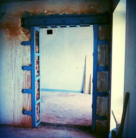 Демонтаж-ные работы стен плитки перегородок стяжки штукатурки бетона