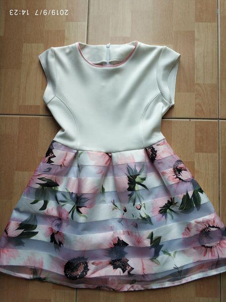 R.128 piękna sukienka suknia kwiaty ecri i bolerko