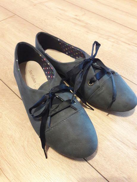 Nowe buty 37 półbuty wiązane damskie