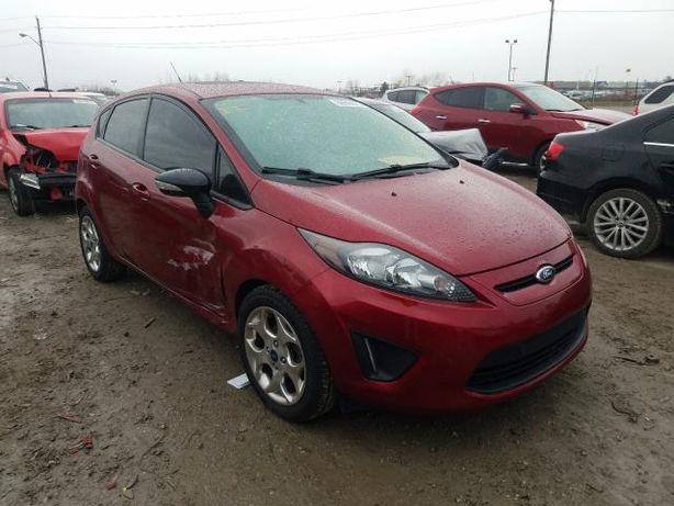 2013 Ford Fiesta TITANIUM из США
