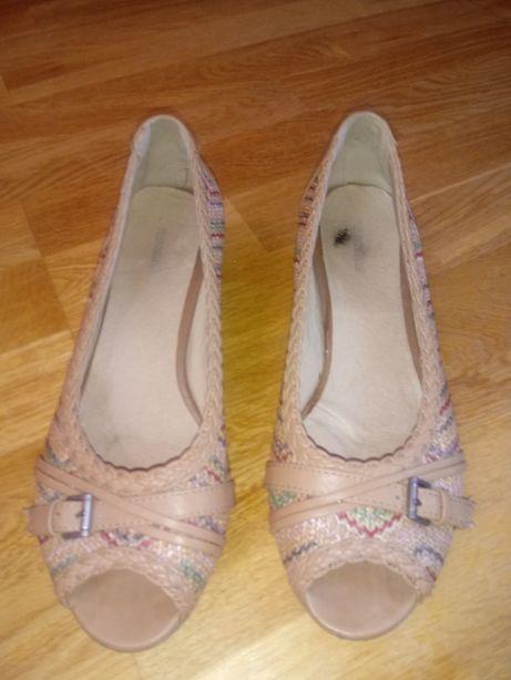 Haftowane eleganckie buty rozm. 40