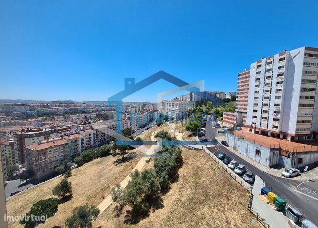 Vende apartamento T3 Monte Abraão
