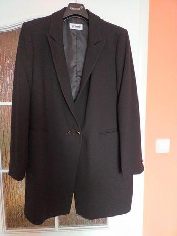Elegancki płaszcz damski Konik
