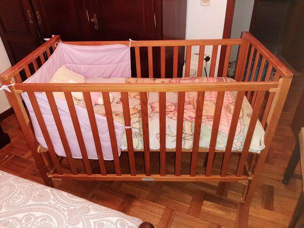 Cama bebe+edredão + cobertor