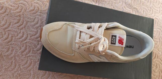 NEW BALANCE buty sportowe damskie 40