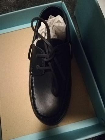 Sapatos novos Manuel Alves 32