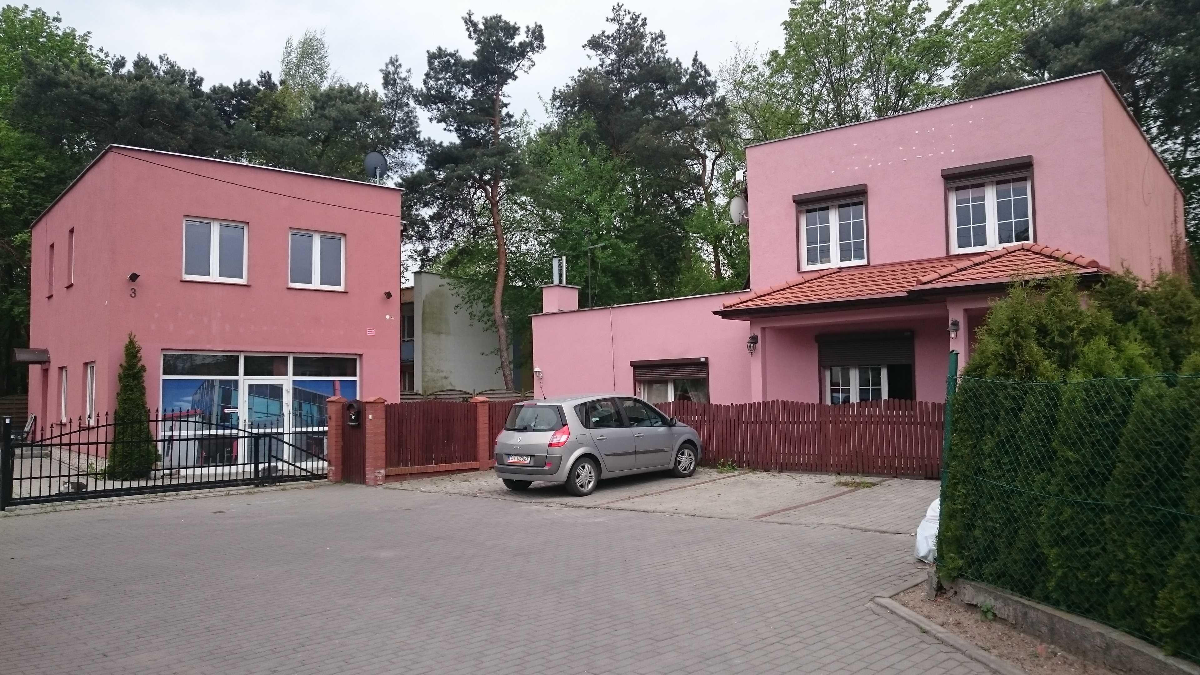 Zamienię nieruchomość na mieszkanie lub mały dom / sprzedam