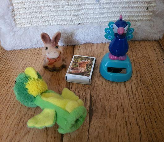Zabawki , pacynka ,kucyk, paw, papuga