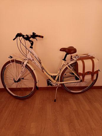 Vendo bicicleta de senhora