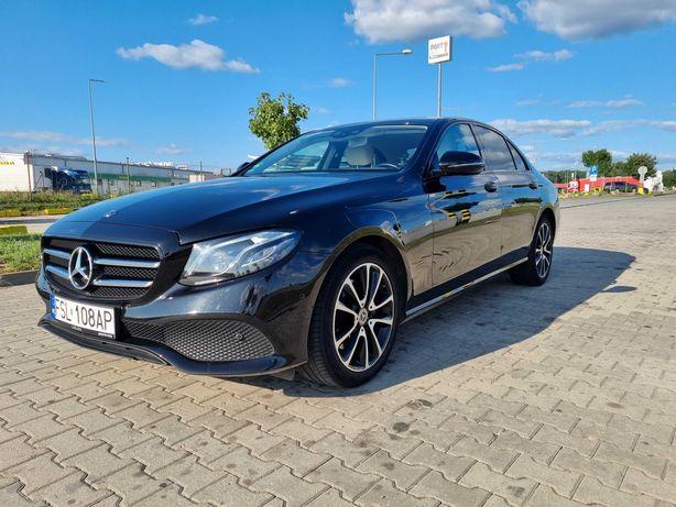 Mercedes E220d 2019r , jasny środek, tablet, head up , burmester FV23%