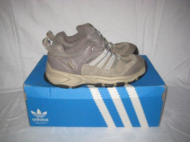 Кроссовки Adidas Gore-Tex оригинал 37 размер по стельке 24 см. Кожаные