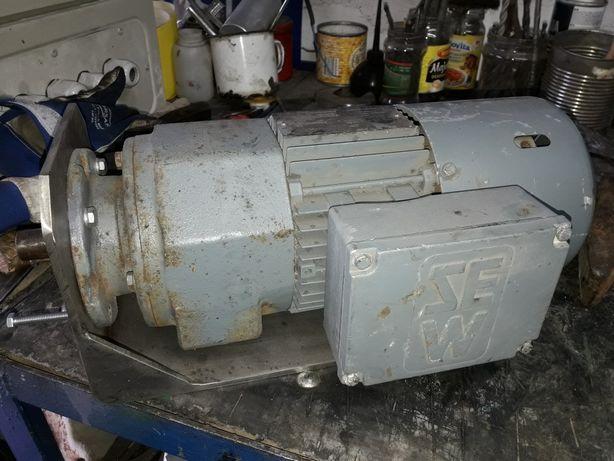 Motoreduktor 0,37kw ( napęd maszynki do miesa) NOWY.