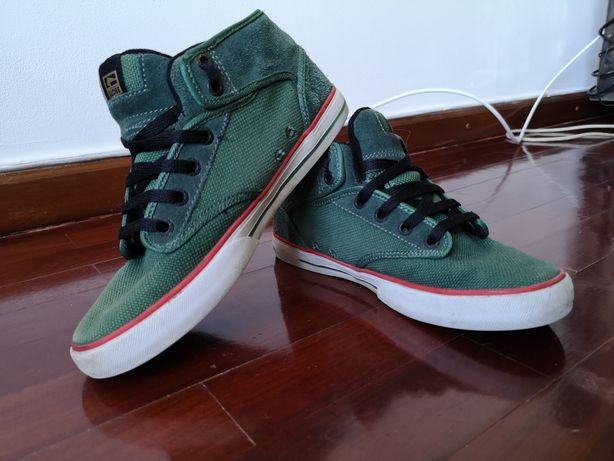 Tenis/sapatilhas globe verdes 39